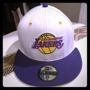 White LA Lakers NewEra hat 7 3/8